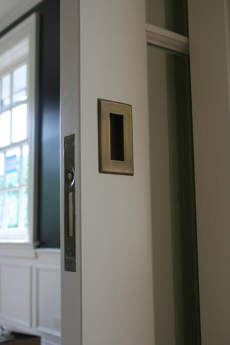 pocket door flush pulls